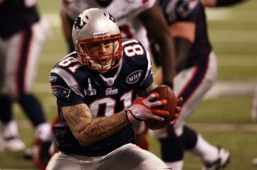 Aaron Hernandez Super Bowl XLVI - OpinionatedMale.com