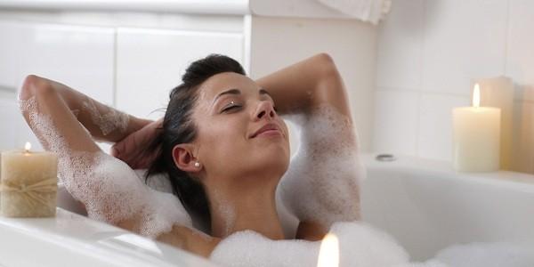 womanbathing - OpinionatedMale.com